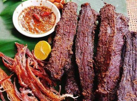 Thịt lợn gác bếp 1